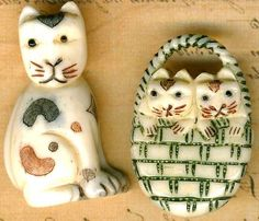 CAT BEADS Carved Calico Kittens in Basket Feline Scrimshaw Style 2 LOVELY pieces