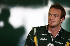 Questions And Answers With Giedo Van Der Garde (VIDEO)