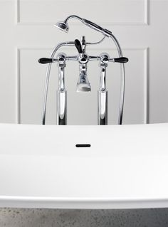 Fairfield bath shower mixer with black crystal levers