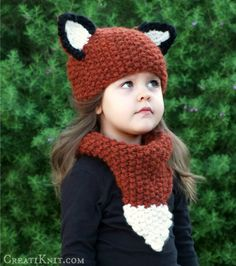 The Fox Hat & Cowl set (quick, somebody, loan me a child! I NEED to make this!)
