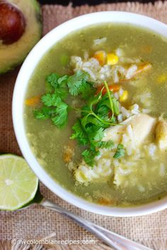 Sopa de arroz con pollo y cilantro - Cilantro-Lime Rice and Chicken Soup - Esta… My Colombian Recipes, Colombian Food, Vegetarian Chicken, Chicken Soup Recipes, Chicken Lime Soup, Chicken Avacado, Chipotle Chicken, Recipe Chicken, Chicken Rice