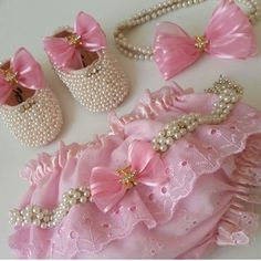 Crochet Baby Girl Shops Doll Clothes 56 Ideas For 2019 Baby Tutu Dresses, Little Girl Dresses, Baby Outfits, Baby Dress, Kids Outfits, Baby Set, Baby Bling, Foto Baby, Baby Bloomers