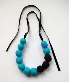 ribbon felt bead