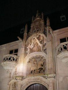 Musée lorrain > Porche de nuit