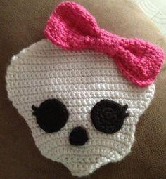 crochet monster high skull applique | Crochet Skullette ... by mandalynnmarie | Crocheting Pattern