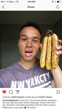 with I swear black people with freckles love taking pics with ripe ass bananas via Black Girls Rock, Black Girl Magic, Black People With Freckles, My Black Is Beautiful, Beautiful People, Simply Beautiful, Pink Lemonade, Creative Photos, Drawing People