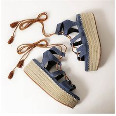 Bule Lace Up Espadrille Flatform Sandals With Tassel ($50) ❤ liked on Polyvore featuring shoes, sandals, peep toe platform sandals, lace up flatform sandals, strappy platform sandals, strappy sandals and peep toe sandals