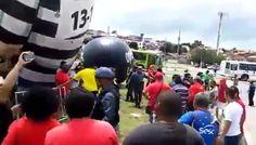 Maranhenses dão adeus ao Pixuleco, boneco inflável que simbolizava o ex-presidente Lula preso. Assista vídeo.