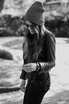 How does she wear a beanie and not look like a hobo? I'm genuinely interested.