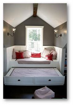 Window seat plus trundle bed...LOVE!
