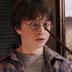 Harry Potter App, Mundo Harry Potter, Harry Potter Tumblr, Harry James Potter, Harry Potter Hermione, Harry Potter Pictures, Harry Potter Characters, Draco Malfoy, Severus Snape