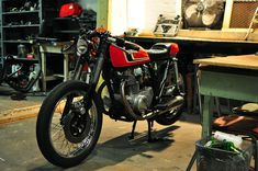Honda CB360 Cafe Racer by Counter Balance Cycles #motorcycles #caferacer #motos | caferacerpasion.com