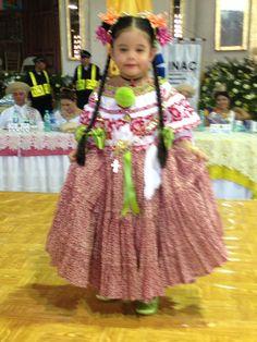 Hermosa montuna, ganadora de la medalla Siria Saray Villarreal González en el Festival Nacional de La Pollera 2014.