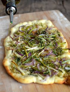 Chive Flowers Two Ways: Chive Flower Flatbread #flatbread