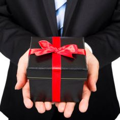 Top 5 Things to Pay Attention to When Giving Corporate Gifts