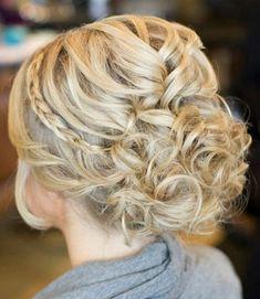 göndör esküvői frizurák - göndör esküvői frizura