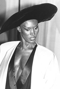 Grace Jones Depending on which pictures you look at, Grace's brows are either eerily erased or drawn on in a line that almost reaches her ears. Either way: fabulous. Photo: Chris Walter/Getty Images