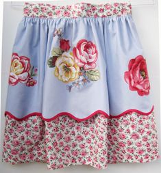 aprons   ... for Quilter » Blog Archive » Vintage-Inspired Aprons – #11 and #12