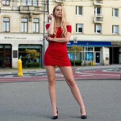 Short Skirts, Short Dresses, Mini Skirts, Polished Man, Blogger Girl, Legs Day, Polish Girls, Long Legs, Dress Skirt