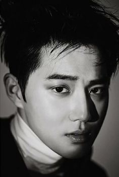 SUHO from EXO is ranked as the best looking Kpop boy in my opinion. I'm incredibly biased towards him cause he was my very first kpop love. Baekhyun Chanyeol, Exo K, Park Chanyeol, Kim Joon, Kim Min Seok, Exo Lucky One, Super Junior T, Kai, Exo News