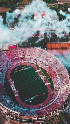 Fondos de Football Pitch, World Football, Football Stadiums, Benfica Wallpaper, Cell Wall, Football Wallpaper, World Of Sports, Sports Art, Bayern