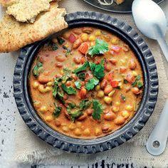 Recept - Indiase bruinebonensoep met kikkererwten- Allerhande