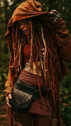Fantasy Inspiration, Portrait Inspiration, Character Inspiration, Hippie Style, Hippie Boho, Female Dreads, Amen Ra, Cosmic Art, Piercings For Girls