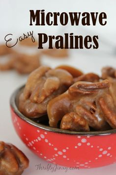 The best kind of praline is homemade! This Easy Microwave Pralines Recipe takes only minutes to make and creates a delicious candy treat for anytime snacking or gift-giving. Microwave Pralines Recipe, Microwave Recipes, Cooking Recipes, Easy Pecan Pralines Recipe, Microwave Candy Recipe, Mini Desserts, Delicious Desserts, Yummy Treats, Sweet Treats