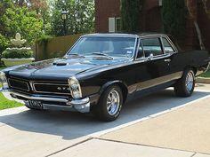 Pontiac : 1965 Pontiac LeMans GTO