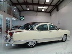 1954 Kaiser Manhattan Vintage Cars, Antique Cars, Car Wheels, Amazing Cars, Old Cars, Manhattan, Classic Cars, Collectible Cars, Road Runner