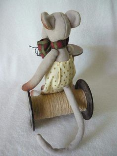 PAT Glue Crafts, Felt Crafts, Tooth Mouse, Rat Toys, Ladder Stitch, Patterned Sheets, Pet Rats, Sewing Toys, Satin Stitch