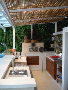 Apartment therapy, layout design, outside room, outdoor retreat, kitchen de Decor, Outdoor Decor, Kitchen Cabinet Door Styles, Outdoor Living, Outside Room, Modular Outdoor Kitchens, Minimalist Kitchen Design, Outdoor Kitchen, Pergola Attached To House