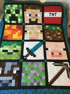Minecraft quilt..I was about to say, obsessed much that you had to make a freaking minecraft... QUILT? But then I realized I play sometimes 14 hours straight and I would make one too if I was capable. hah