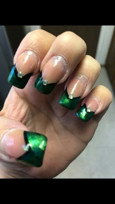 St patricks nails by Valerie Swanson
