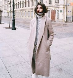 51 Winter Outfit Trend 2019 For Street Style - Surena masih - Modetrends Looks Street Style, Looks Style, Looks Cool, Style Me, Trendy Style, Parisian Street Style, Vogue, Outfit Trends, Inspiration Mode