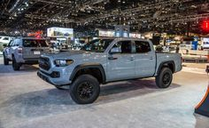 2017 Toyota Tacoma TRD Pro: Off-Road Ready - Photo Gallery of auto show news from Car and Driver - Car Images - Car and Driver