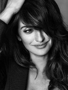 Penelope Cruz... (what I would give to look like her!)
