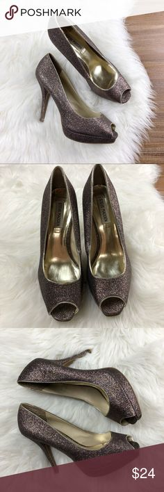 "Steve Madden | Kellie Glitter Peep Toe Heels 9.5 Good condition Steve Madden Rainbow/Multicolored Glitter Peep Toe Kellie Heels. Size 9.5. 1"" Platform sole, 4 3/4"" heel. Insole & bottom of heel show wear, but still lots of life left!  Offers & bundles welcome. Same or next day shipping. Steve Madden Shoes Heels"