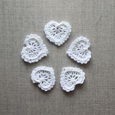 Cœurs miniatures dentelle au crochet 0.75 coton perlé blanc - applique - mariage…