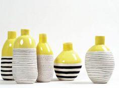 La original cerámica de L'atelier des Garçons ideal para complementar la decoración del salón con pequeños toques de color intenso.