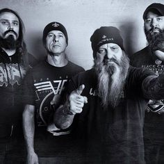 NEWS: The metal band, Crowbar, has announced a U.S. tour with High On Fire, for December. Details at http://digtb.us/1P7pRQp