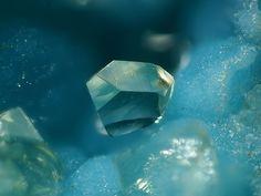 Senegalite, Al2(PO4)(OH)3•(H2O)