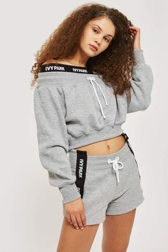 Off Shoulder Crop Sweatshirt by Ivy Park - Ivy Park - Clothing - Topshop Cute Comfy Outfits, Sporty Outfits, Trendy Outfits, Girl Outfits, Fashion Outfits, Ivy Park Clothing, Mädchen In Leggings, Kendall Jenner Outfits, Swagg