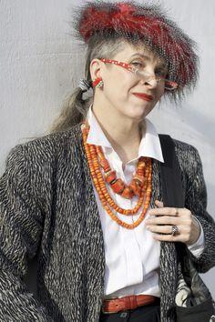Valerie rockin' the beads!