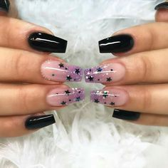 Trending Short Coffin Nails Designs Ideas In Summer - Nail Art Connect Gradient Nails, Holographic Nails, Uv Gel Nails, Acrylic Nails, Coffin Nails, Cute Nail Art, Cute Nails, Pretty Nails, Bright Pink Nails