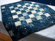 Batik bleu Table Topper joyeux hiver froid sort par atthebrightspot