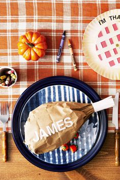 Thanksgiving Crafts for Adults - Turkey Leg Place Card