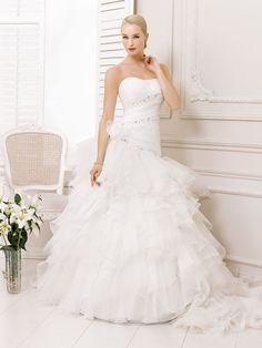 Beautiful ball gown with floral waist