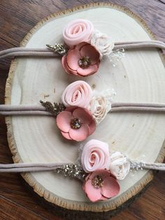Items similar to Beautiful dark blush tie-back headband on Etsy diy hairstyles Diy Baby Headbands, Diy Hair Bows, Diy Headband, Baby Bows, Rainbow Headband, Baby Girl Hairstyles, Diy Hairstyles, Felt Flowers, Fabric Flowers