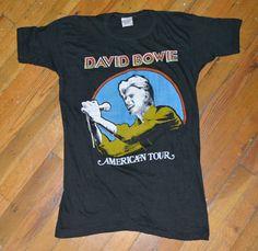 Items similar to 1976 DAVID BOWIE vintage concert tour rare original rock t-shirt Medium (M) Ziggy Stardust on Etsy Vintage Concert T Shirts, Vintage Band Tees, Vintage Rock, Concert Clothes, Concert Tees, Band Merch, Band Shirts, Ziggy Stardust, Tour T Shirts